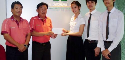 มอบเงินสนับสนุนการดำเนินการโครงการอนุรักษ์วัฒนธรรมไทยและวรรณกรรมไทย